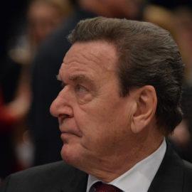 Rosneft: Schröders Engagement ist politisch