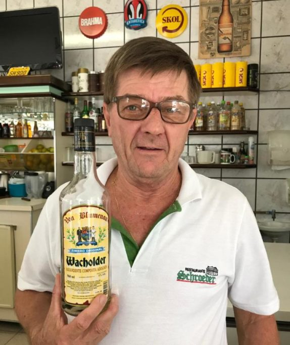 "Tresenkraft Mauro Duwe (51): ""Bolsonaro ist gut. Man muss was ändern"""